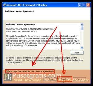 """Pilih """"I Accept.."""" dan klik Install untuk Menginstall .Net Framework Terbaru"""