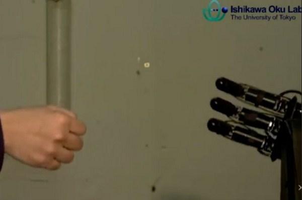 Robot Cerdas yang Selalu Mengalahkan Manusia saat Bermain Jankenpon