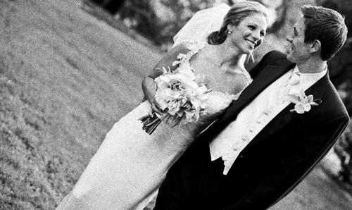 Foto Setelah Diberi Efek Black and White Kodak T-Max 3200