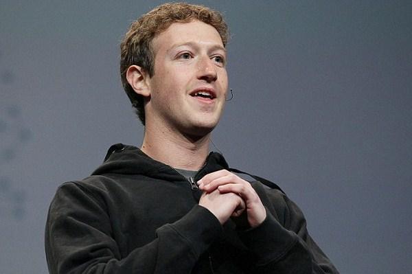 Belum Menggunakan Facebook Timeline? Facebook Akan Memaksamu!