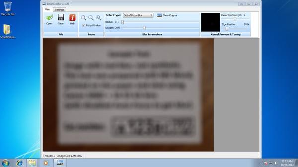 Gambar blur sebelum dipertajam dengan SmartDeblur, tulisan tidak terbaca.