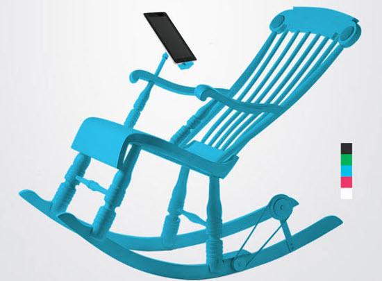 Cara Unik Mengisi Baterai Smartphone dan Tablet denga Kursi Goyang