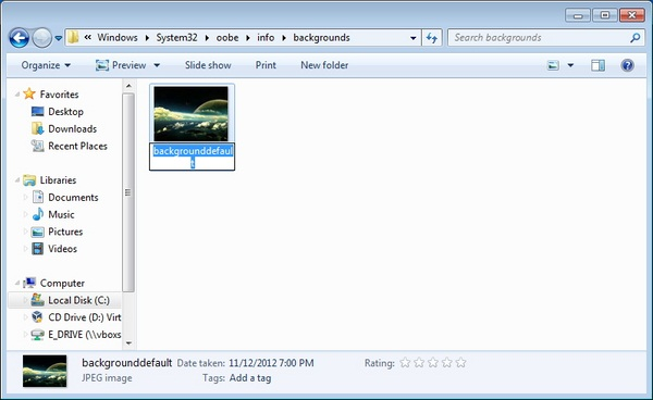 Mengubah Background Logon Screen Menggunakan Registry