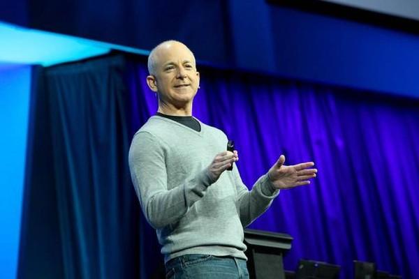 Alasan Kenapa Kepala Divisi Windows Keluar Setelah Windows 8 Dirilis
