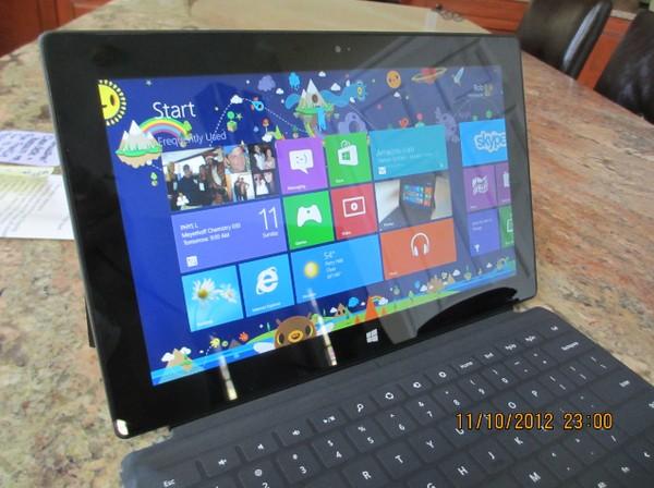 Apa Jadinya Jika Microsoft Surface Dilindas Mobil Berkali-kali?