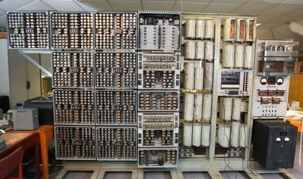 WITCH: Komputer Tertua di Dunia yang Masih Bekerja