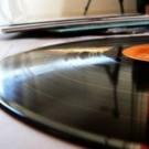 Winyl : Music Player yang Ringan dan Kaya Fitur