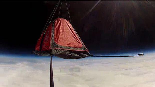 Inilah Tenda Ruang Angkasa Pertama di Dunia