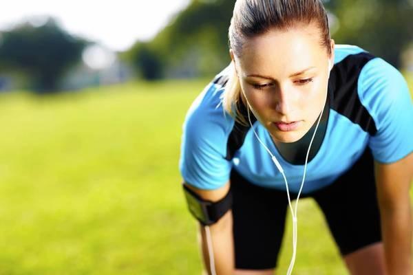 10 Manfaat Mendengarkan Musik