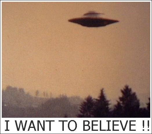 Penampakan UFO Berhasil di Jepret oleh Penumpang Pesawat Terbang