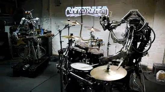 Band Beranggotakan Robot ini Membawakan Lagu The Ramones (Video)