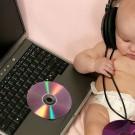 Cara Mudah dan Cepat Mendengarkan Radio Online dengan RadioTuna