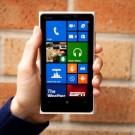 Nokia Lumia 920 ini Dihancurkan dengan Palu Hingga Mati