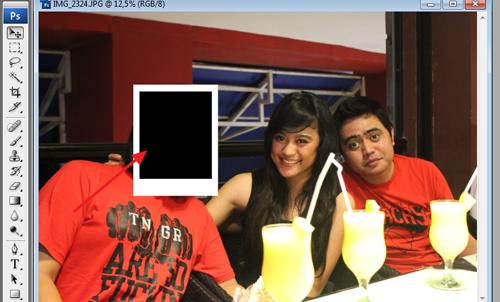 Manipulasi Foto Menjadi Tumpukan Polaroid dengan Photoshop